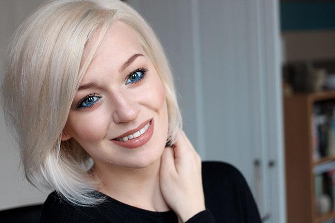 Hair Going Platinum Blonde With Jason Collier Smooth You Salon Zoe Newlove