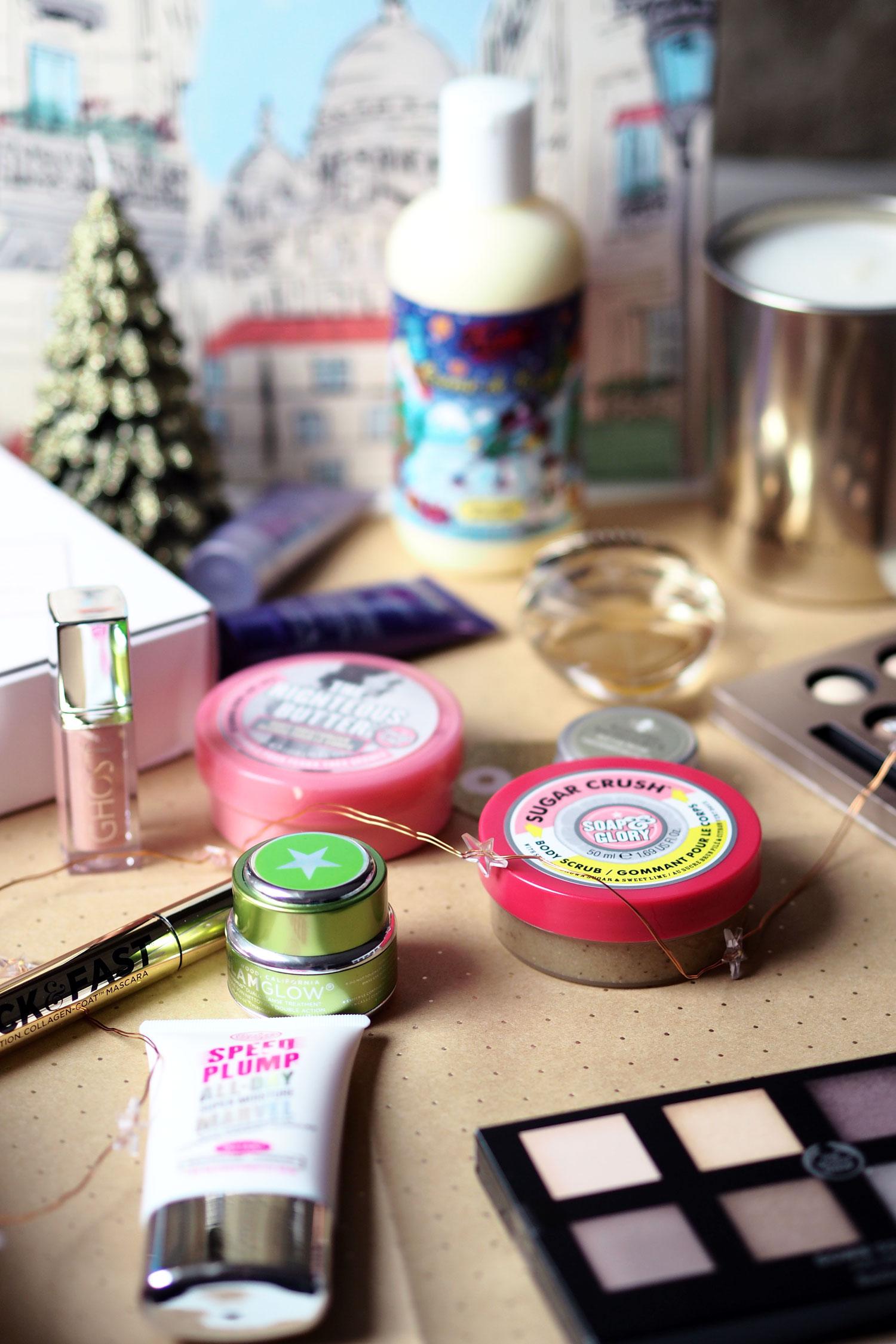 a-little-christmas-gift-guide-beauty-blogger-zoe-newlove