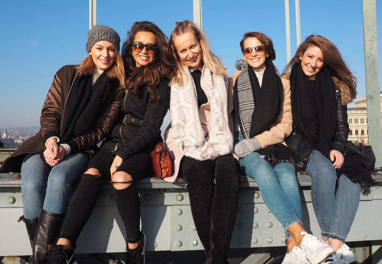friends-on-budapest-chain-bridge-travel-blog-zoe-newlove