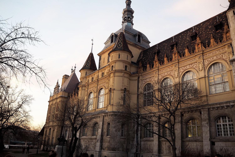 budapest-travel-blog-december-2016-zoe-newlove